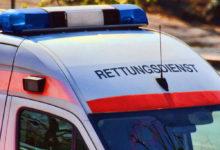 Ein Mann ist bei einem Unfall in Eckersdorf schwer verletzt worden.