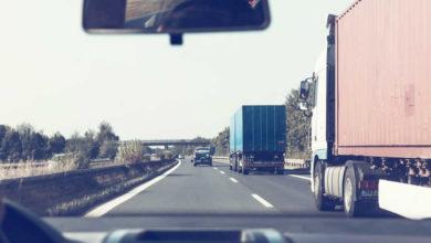 Symbolbild zweier LKWs
