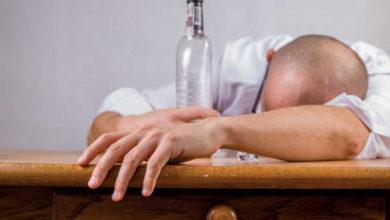 Symbolbild für einen betrunkenen Fahrer