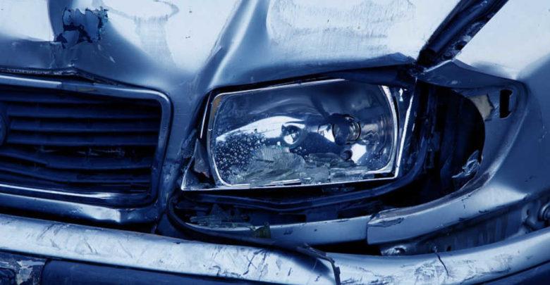 Symbolbild für einen Autounfall