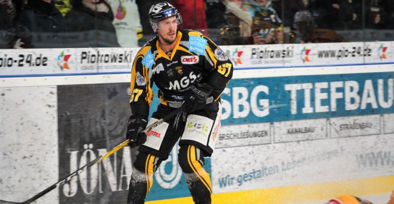 Tigers Verteidiger Simon Karlsson
