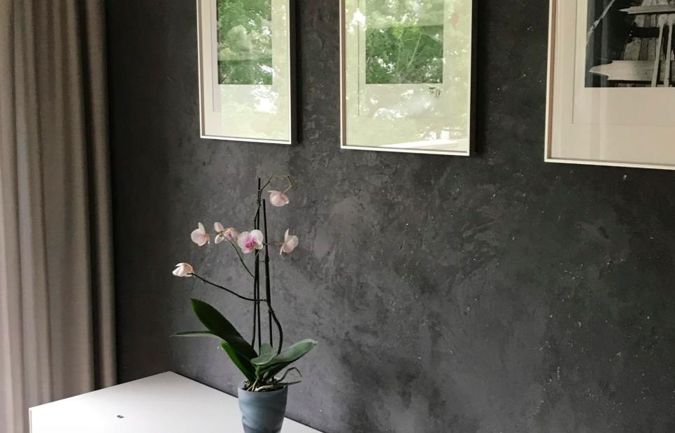 Wandharmonie - schwarze Wand