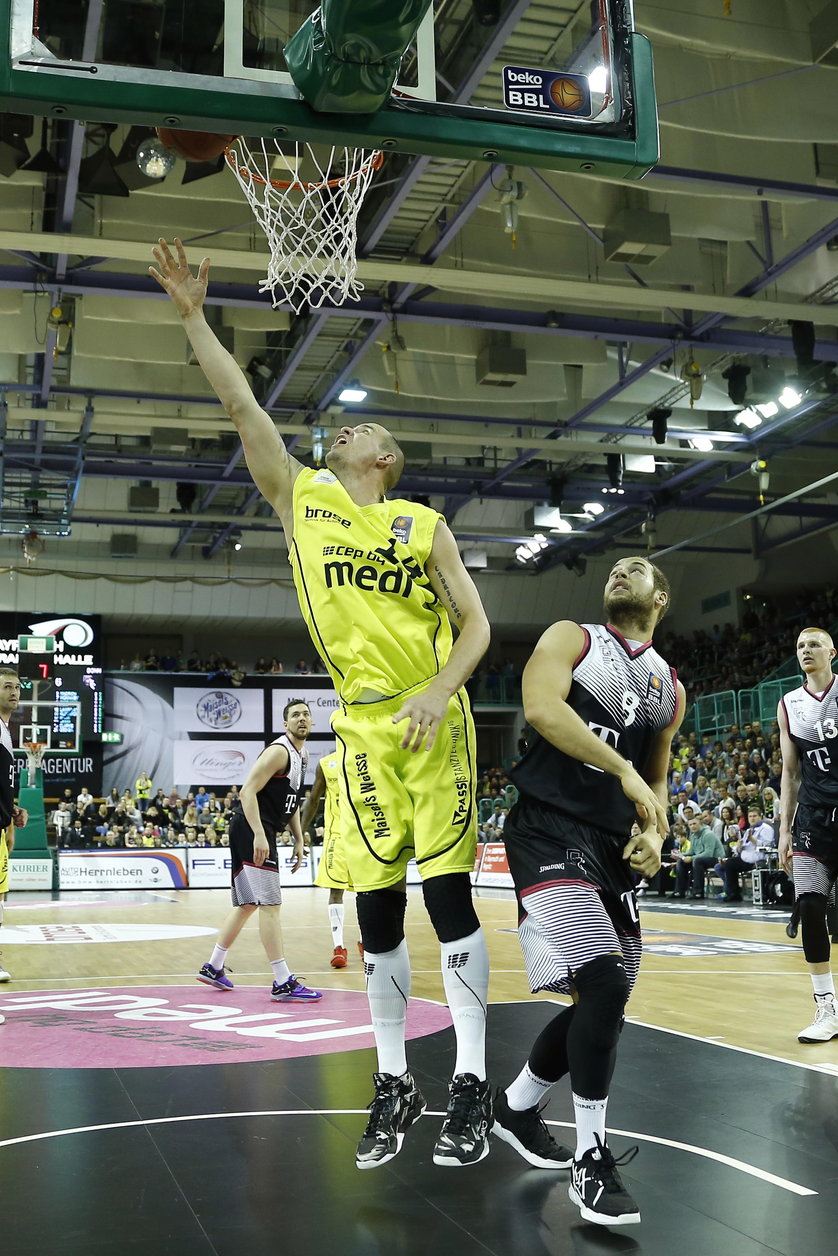 Fotos vom Bachelor: Als Basketballer gegen medi | Bayreuther Tagblatt