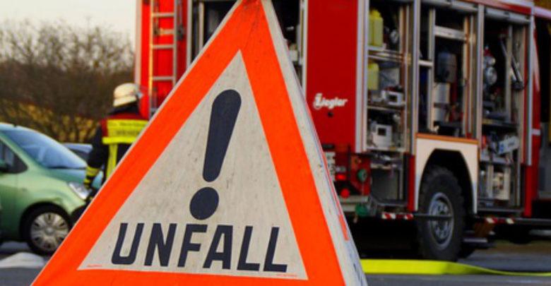 Unfall auf der A9. Die Autobahn ist komplett gesperrt.