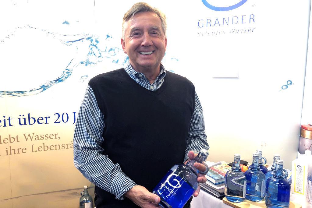 Otmar Lerch ist überzeugt von mehr Wohlgefühl durch Grander-Wasser.