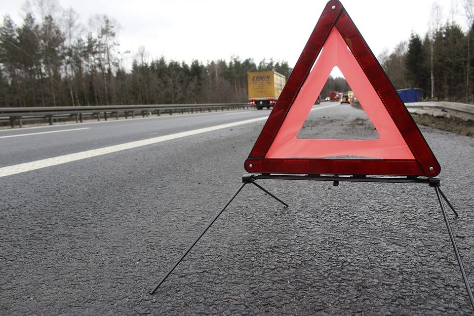 Unfall auf der Autobahn. Symbolfoto: pixabay