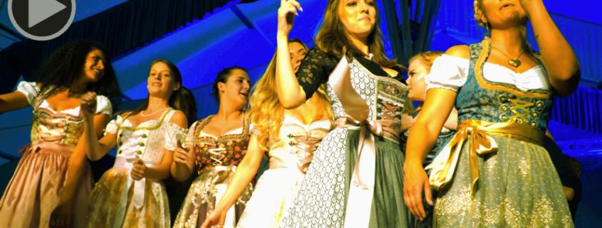 Miss Kandidatinnen auf der Bühne