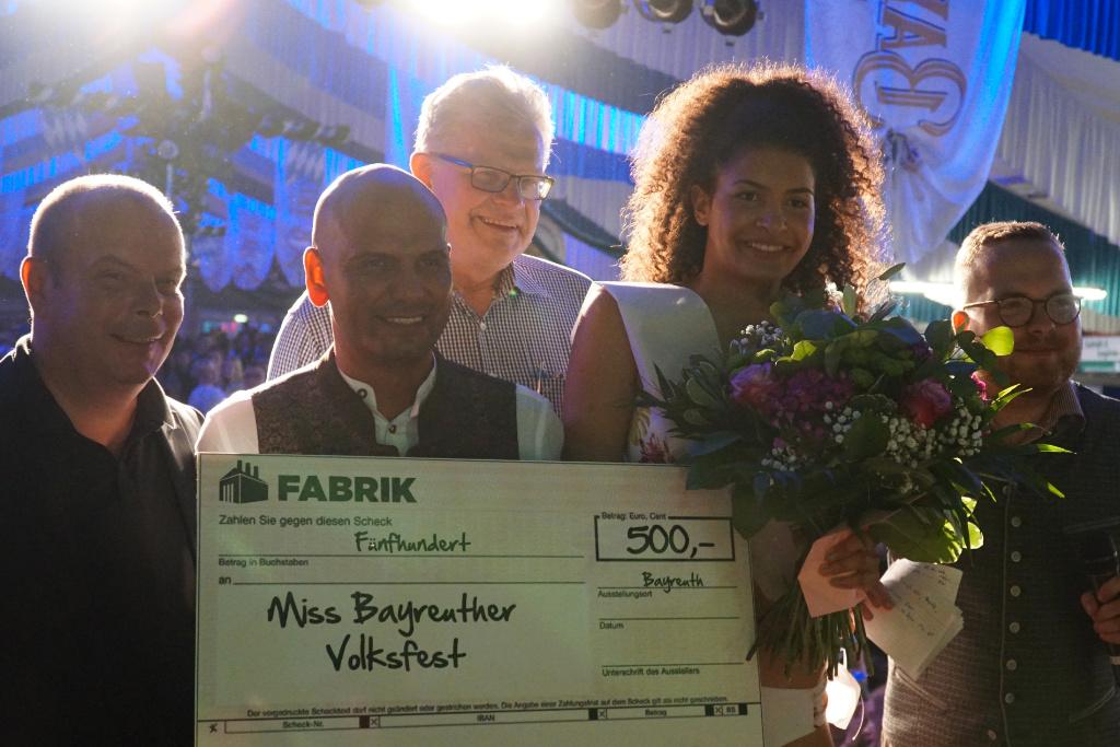 Jennifer Zeulner ist Miss Bayreuther Volksfest 2019!