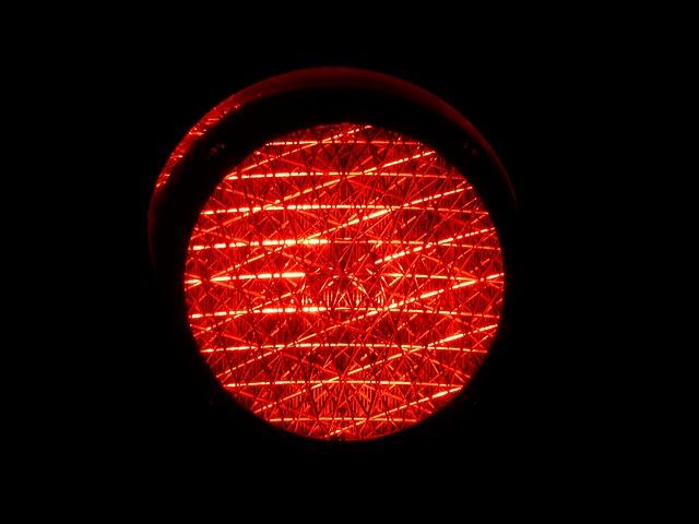 Eine rote Ampel. Symbolbild: Pixabay