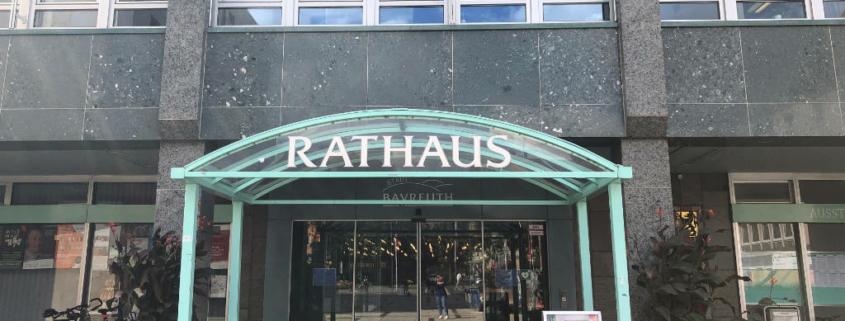 """Ab sofort gibt es eine """"Mängelapp"""" für die Stadt Bayreuth. Archivfoto: Redaktion"""