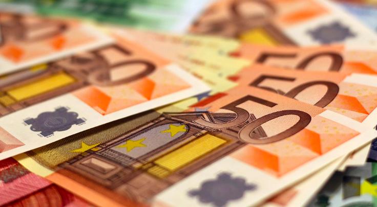 Ein Mitarbeiter einer Bank in Münchberg hat einen Betrug verhindert. Symbolfoto: pixabay