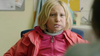 systemsprenger: Mädchen mit Lolli im Mund