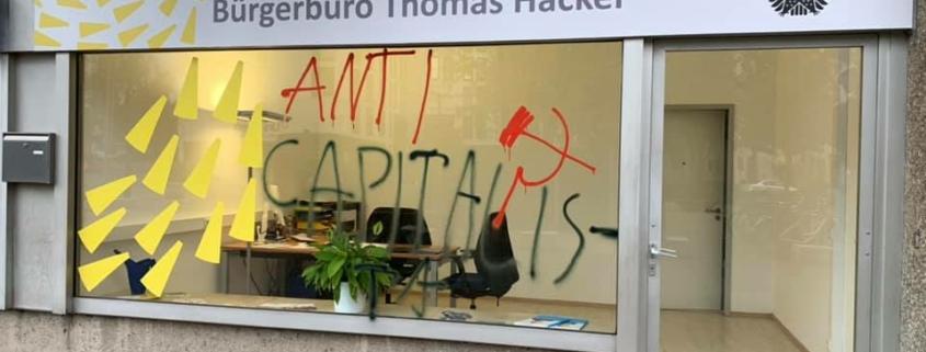 Das Bürgerbüro von Thomas Hacker wurde beschmiert