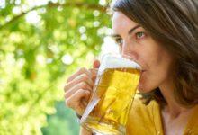 Biertrinken zum Glück. Symbolfoto: pixabay