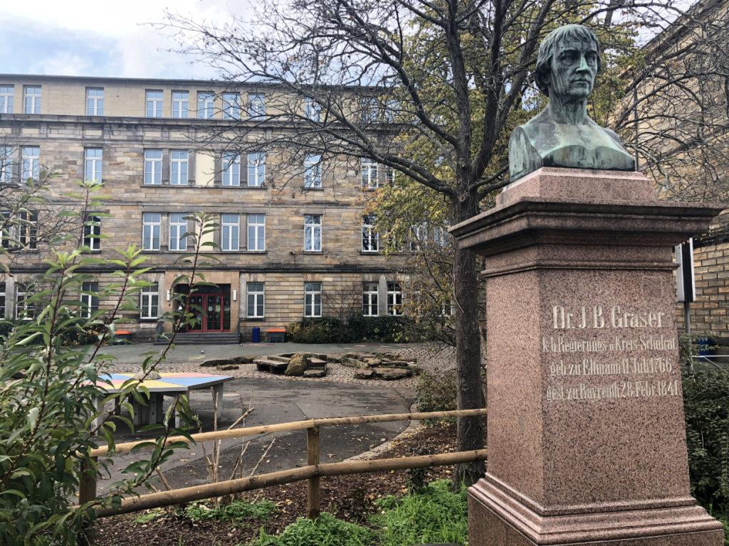 Die Graserschule in Bayreuth ist von einem Hausschwamm befallen.
