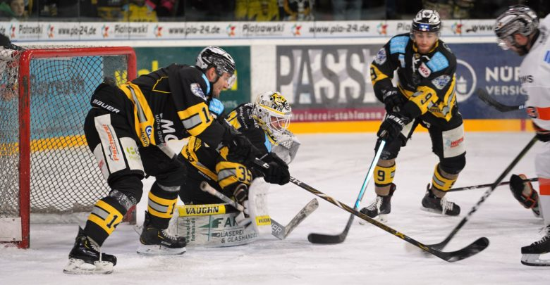 Die Bayreuth Tigers haben gegen die Dresden Eislöwen gespielt.