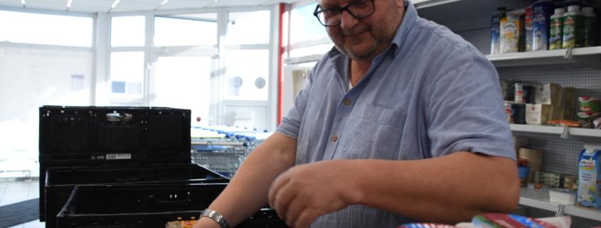 Peter Nerd hilft schon lange Zeit bei der Tafel Bayreuth mit. Foto: Christoph Wiedemann
