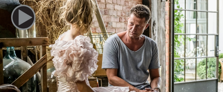 Til Schweiger in seinem neuen Film. Foto: Copyright Warner Bros. Entertainment Inc.