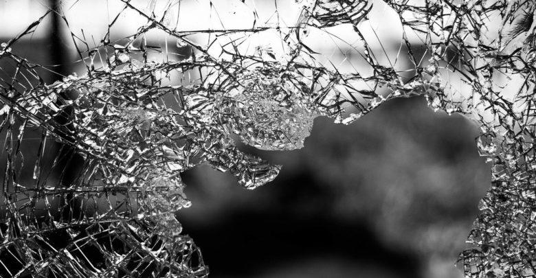 Eingeschlagene Fensterscheibe. Symbolfoto: pixabay