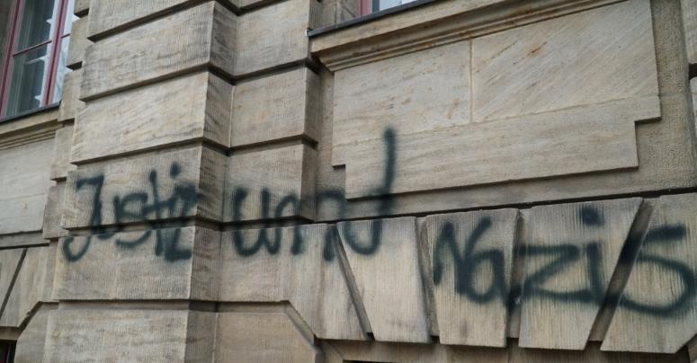 Landgericht Bayreuth Mit Graffiti Beschmiert Bayreuther Tagblatt