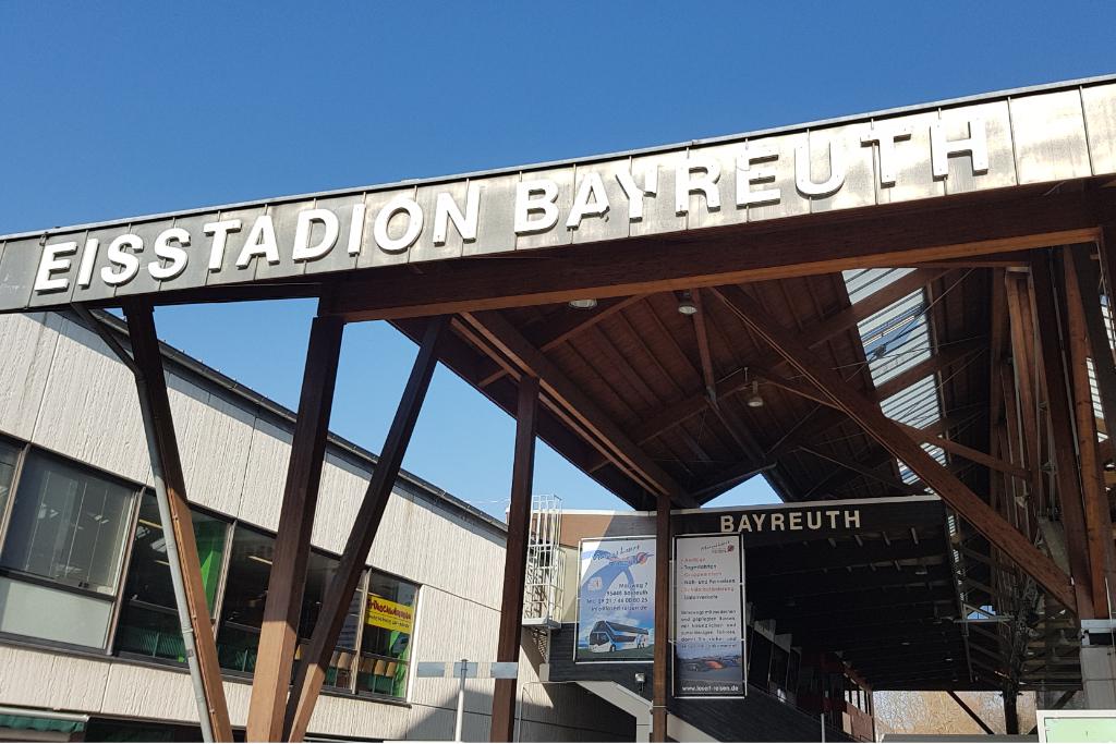Das Eisstadion in Bayreuth,