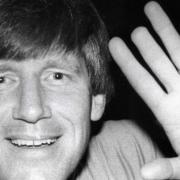 Eine Erinnerung an seine Zeit in Bayreuth. Der Basketball-Trainer Stephen Mc Mahon schlug im Sportzentrum die Türe zu und trennte sich die Fingerkuppe ab. Foto: Stephan Müller