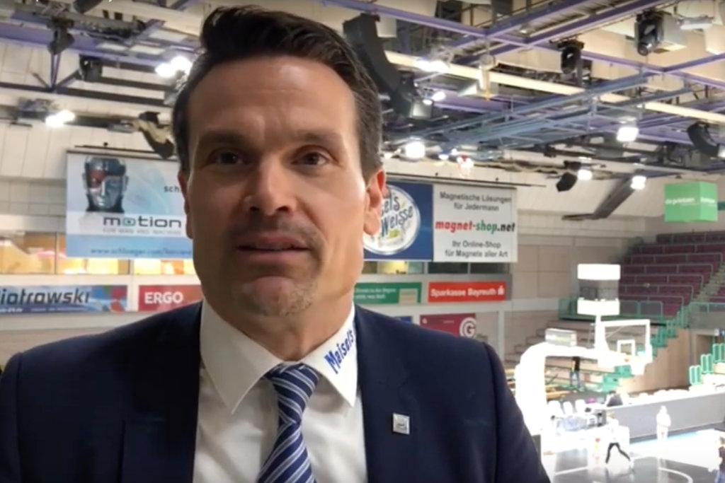 Raoul Korner spricht über die Zukunft von medi bayreuth. Foto: Redaktion