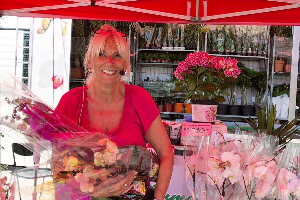 Blumen-Angie Marktschreier