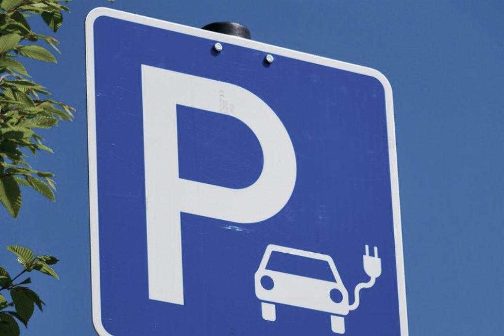 E-Ladesäule Parken