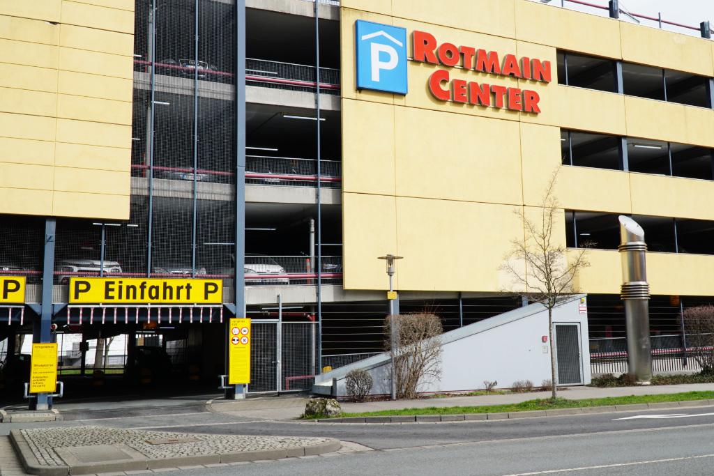 Parkhaus Rotmaincenter