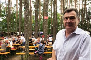 Georg Ramming, erster Vorstand der Siedler- und Eigenheimervereinigung Bayreuth-Saas e.V. auf dem Waldfest.