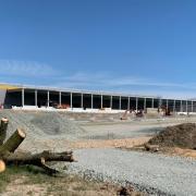 Hier entsteht das Verteilzentrum von Amazon. Foto: Redaktion