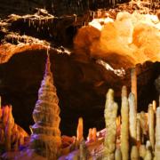 Die Teufelshöhle in Pottenstein. Foto: Tourismusbüro Pottenstein.