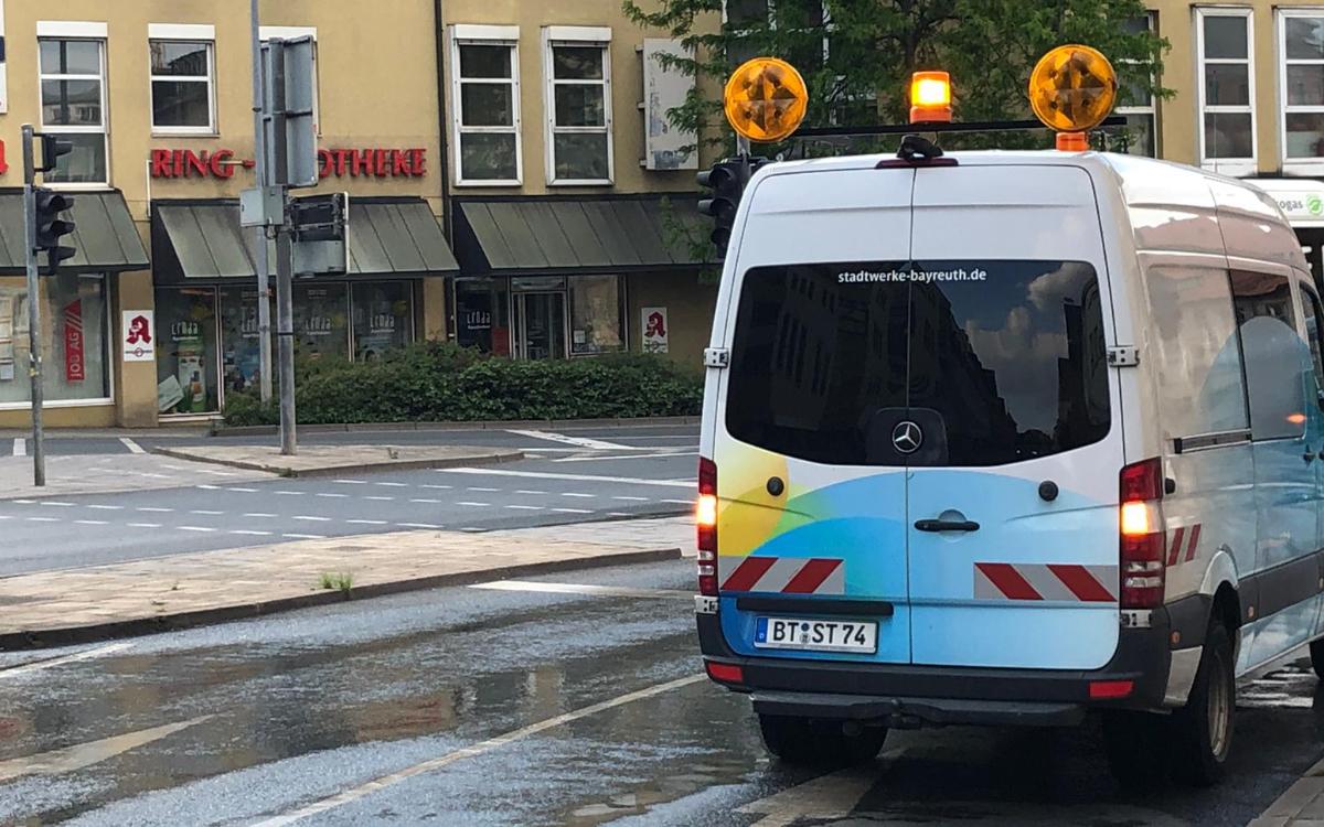 Wasserrohrbruch in Bayreuth. Foto: Redaktion.