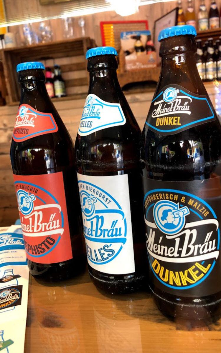 Beim Meinel-Bräu gibt es eine große Auswahl an verschiedenen Bieren. Foto: Christoph Scholz
