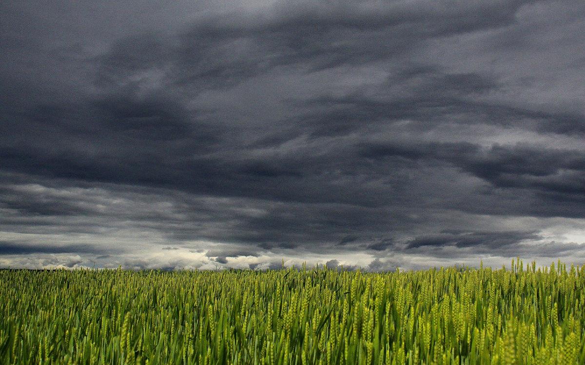 Wolken bedecken den Himmel über der Region Bayreuth. Symbolfoto: pixabay