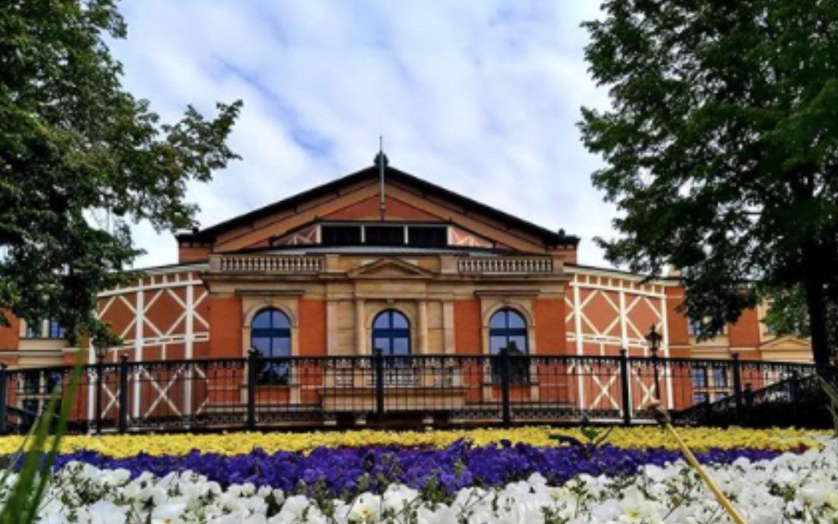 Einen roten Teppich wird es bei den Bayreuther Festspielen auch 2021 nicht geben. Archivfoto: Redaktion