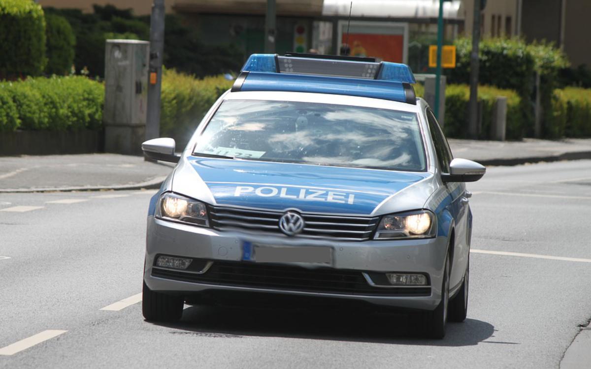 Ein Polizeiauto im Einsatz. Symbolbild: pixabay