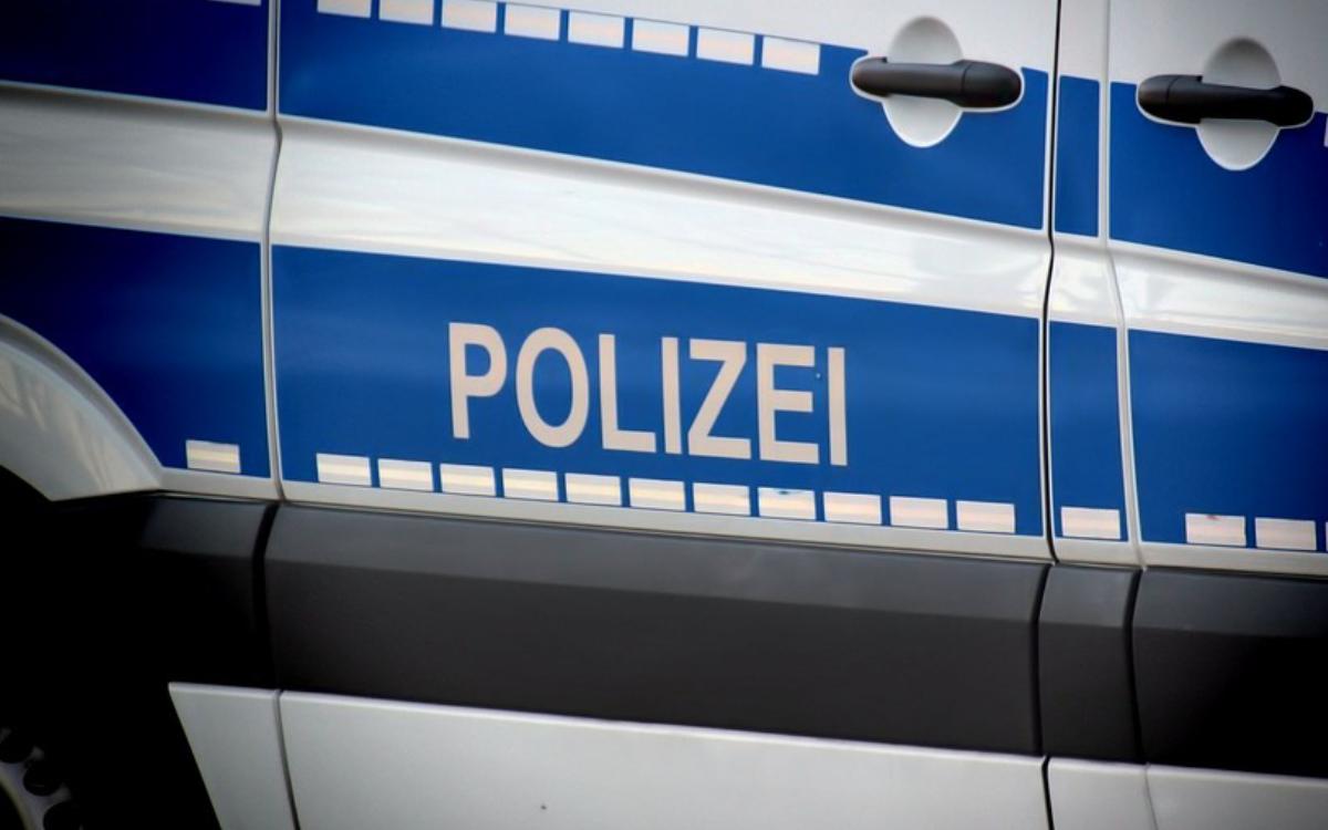 Ein Einsatzfahrzeug der Polizei. Symbolbild: Pixabay