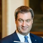 Bayerns Ministerpräsident Markus Söder möchte die Maskenpflicht an öffentlichen Plätzen einführen. Foto: Bayerische Staatskanzlei