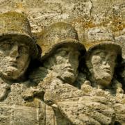 In Oberfranken wurde ein Kriegerdenkmal beschädigt. Symbolbild: Pixabay