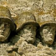 Ein Monument zeigt Soldaten im Zweiten Weltkrieg. Symbolbild: Pixabay