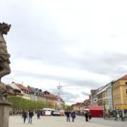 Die Bayreuther Innenstadt. Fraktion möchte mehr verkaufsoffene Sonntage wegen Corona-Krise. Symbolfoto: Redaktion