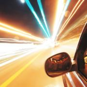 Die Polizei hat auf der B22 bei Speichersdorf dieGeschwindigkeit kontrolliert. Symbolbild: Pixabay