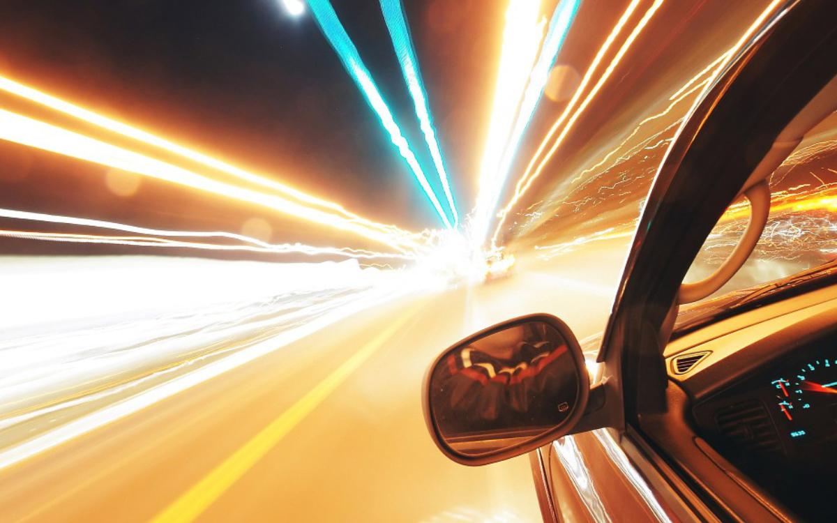 322 Autofahrer wurden bei Köditz im Kreis Hof in drei Stunden geblitzt. Symbolbild: Pixabay