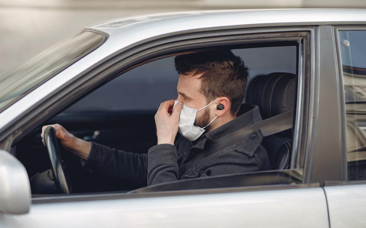 Maskenpflicht Auto