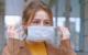 Menschen schützen sich mit Gesichtsmasken auch in der Öffentlichkeit vor dem Coronavirus. Symbolbild: Pexels