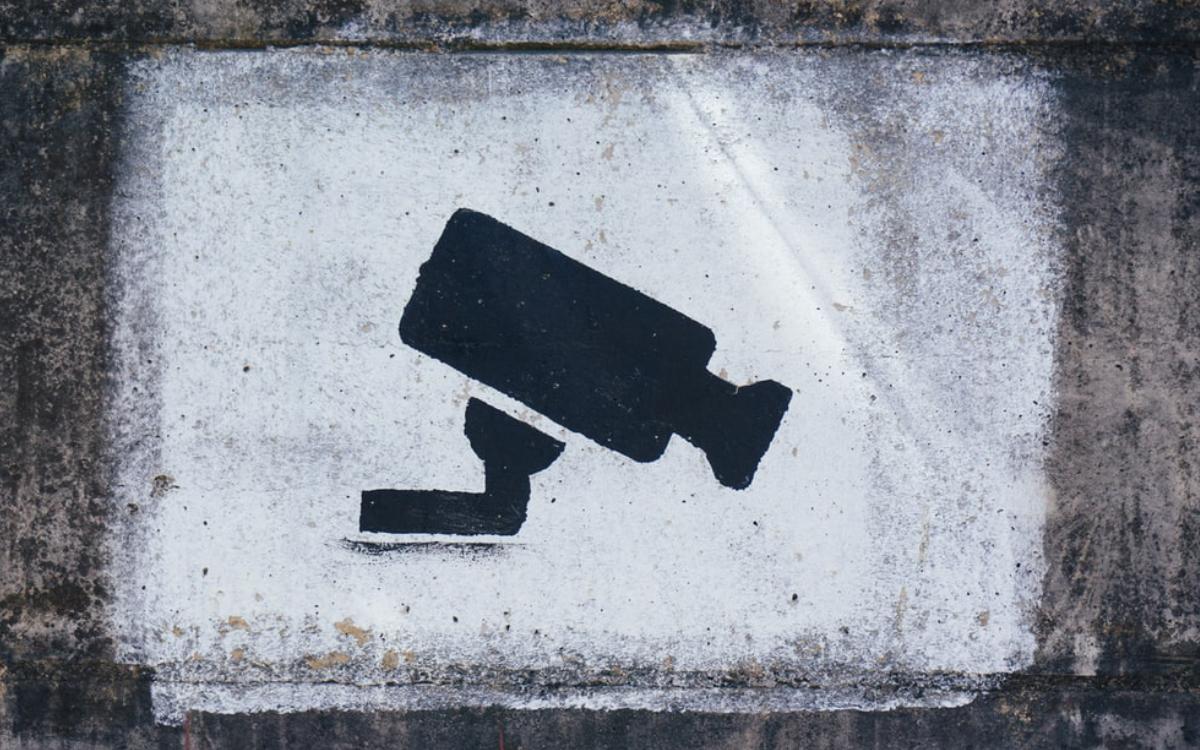 Vorsicht vor Einbrechern. Symbolbild: Pixabay
