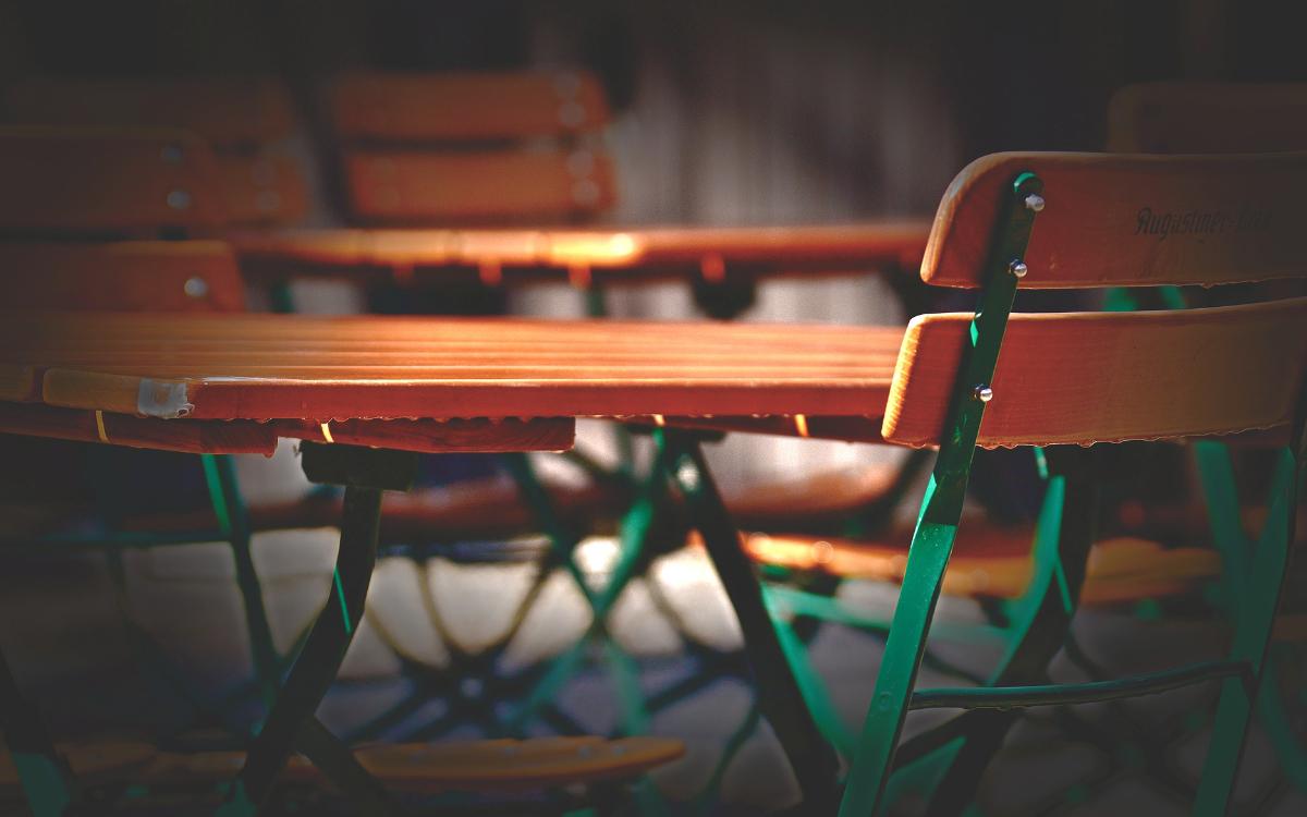 Die Außengastronomie könnte in der Region Bayreuth bald wieder öffnen: Viele lassen ihre Läden allerdings geschlossen. Symbolfoto: pixabay