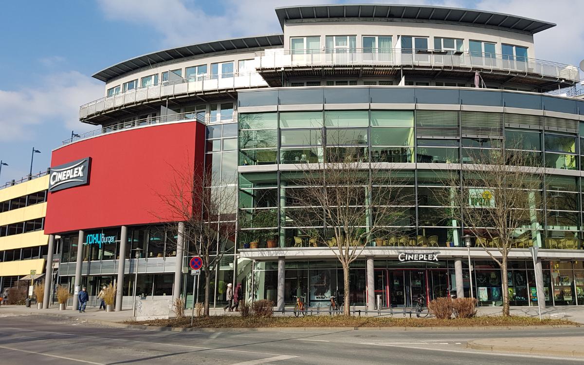 Das Cineplex Bayreuth unterstützt Forderungen großer Kino- und Leihverbände - und will im Sommer öffnen. Archivfoto: Redaktion